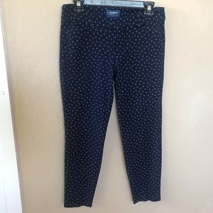 Old navy blue pixie pants mid rise size 6R